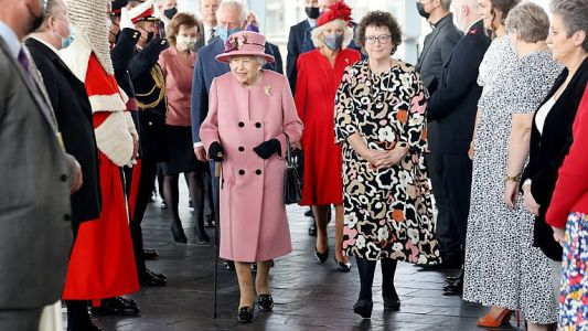 Her Majesty's Cane: Yes, It's A Sign Of Age, But She Wields It Well