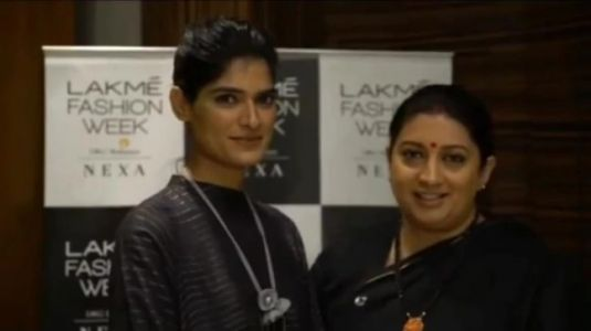 Smriti Irani shares inspiring story of Rajasthan lawyer-model. Watch heartwarming video from LFW 2019