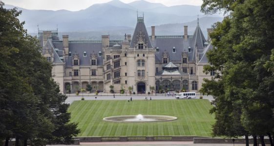 7 Haunted Historic Attractions