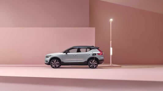 Volvo launches its first fully electric vehicle, the XC40 Recharge