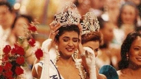 The moment when Sushmita Sen won Miss Universe 1994 crown. Watch viral throwback video
