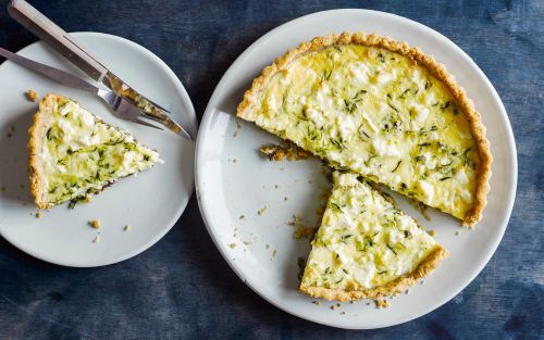 Courgette and black olive quiche recipe
