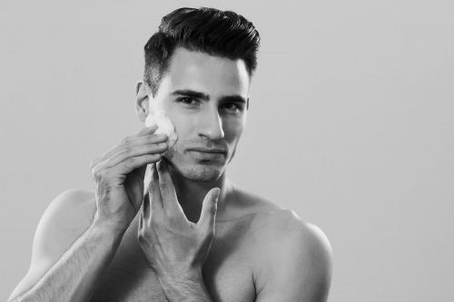5 innovative face serums every man needs in his life