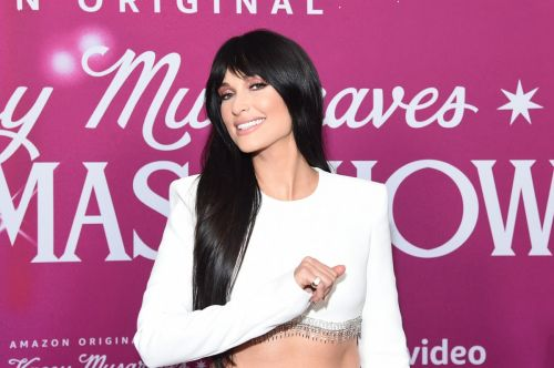 Kacey Musgraves Puts a Fresh Spin on Winter Whites in David Koma