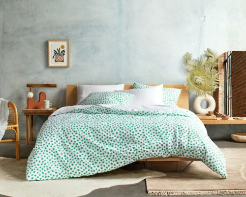 Brooklinen's Back-to-School Collection Is Perfect for My 30-Something Apartment