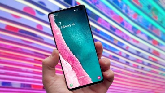 Battle of the flagships: The Samsung Galaxy S10 vs the Apple iPhone XS