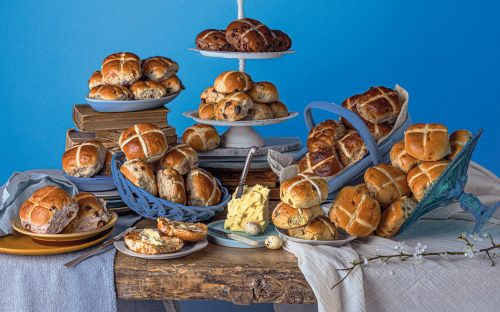 The best traditional hot cross buns for 2021