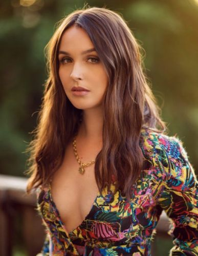Grey's Anatomy's Camilla Luddington Would Play a 'Maid in the Background' on 'Bridgerton' if Shonda Rhimes Asks