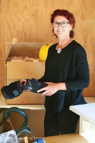 Delivering a difference: Pacific clinics get a helping hand with repurposed medical equipment and prosthetics