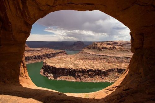 The Magic of Lake Powell, Utah