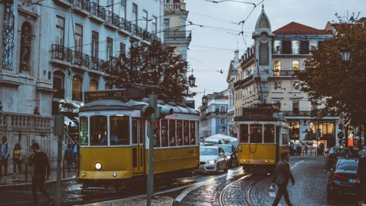 Lisbon in a day: How to let the Portuguese capital charm you in 24 hours