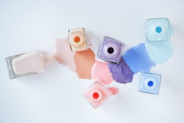 What's The Deal With '16-Free' Nail Polish? We Asked Experts To Weigh In On The Safety & Efficacy