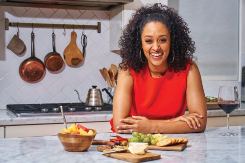 'Family Reunion' star Tia Mowry shares her top parenting tips for back-to-school