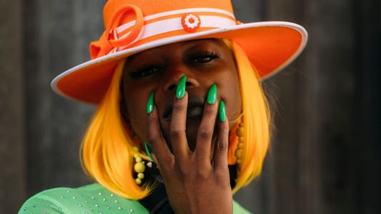 The 26 Best Beauty Street Style Looks From London Fashion Week