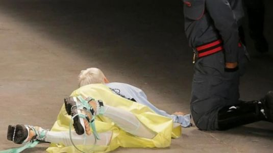 Model collapses on ramp and dies at Sao Paulo Fashion Week