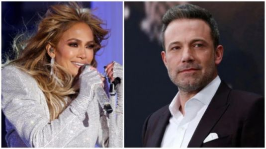 Jennifer Lopez and Ben Affleck spotted kissing at restaurant in Los Angeles