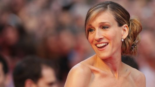 Here's How To See Sarah Jessica Parker Speak And Sip Her New Sauvi B