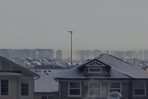 Watch: Spotting a superior mirage in Airdrie, Alta