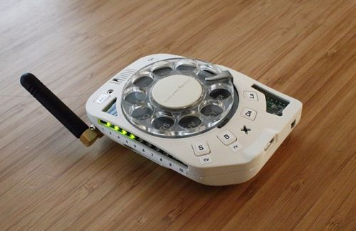 The Fully Functional Distraction-Free Rotary Cellphone By Justine Haupt