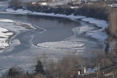 Watch: Mysterious ice disc spins in B.C.'s South Thompson River
