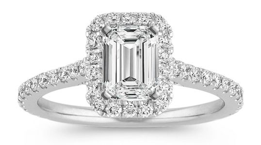 Breathtaking Engagement Rings We're Totally Coveting Right Now