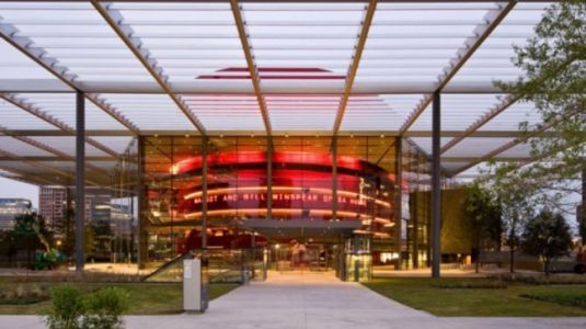 Dallas Opera pushes opening date from October to March