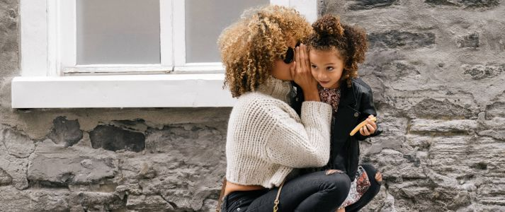 8 Super-Moms of Instagram Keeping it Real and Worth the Follow