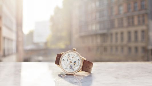 Montblanc introduces 4 new women's watches to the Bohéme collection