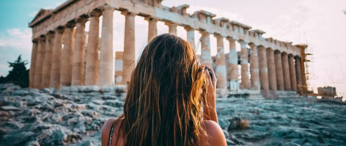 8 Luxury Travel Accounts to Follow for Inspiration