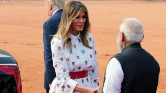 Melania Trump wears Rs 1.1 lakh shirt dress by Carolina Herrera to Rashtrapati Bhavan on Day 2